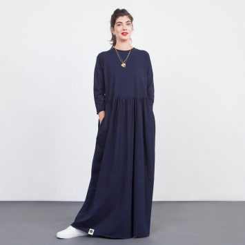 שמלת רוח מקסי נייבי
