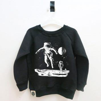 סווטשירט איש חלל | שחור