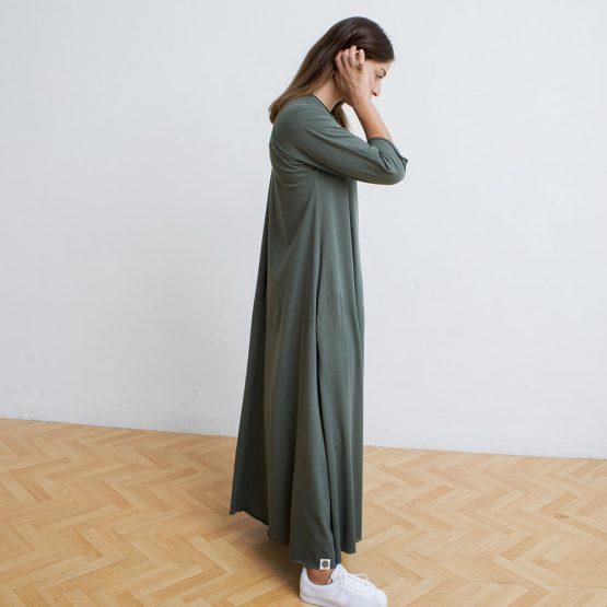 שמלת סווינג מקסי ירוק צבא