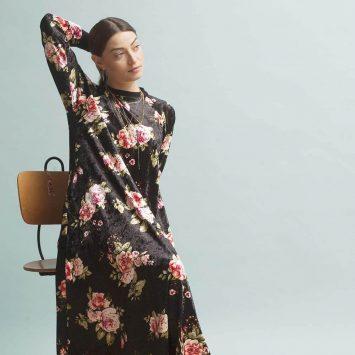 שמלת קטיפה שושנים