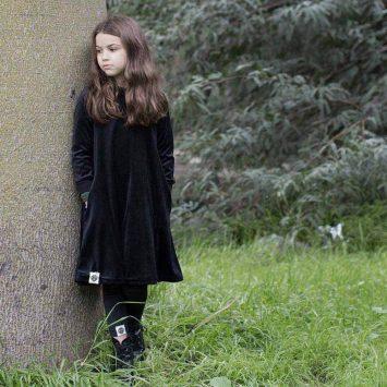 שמלת ילדות קטיפה שחורה