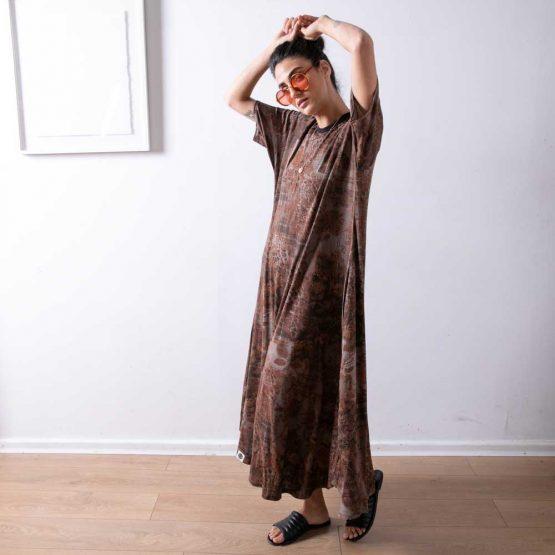 שמלת מקסי אדמה