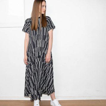 שמלת מקסי קווים