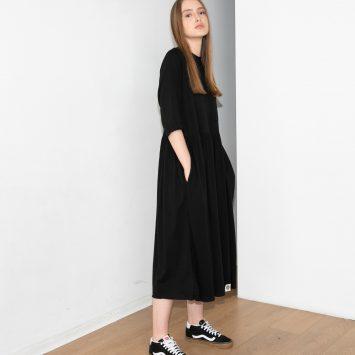 שמלת רוח שחורה מידי