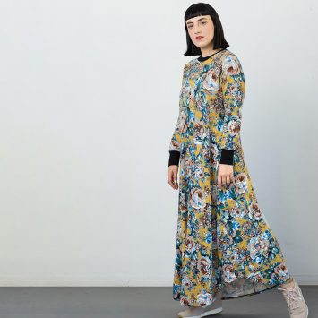 שמלת סווטשירט פרחונית