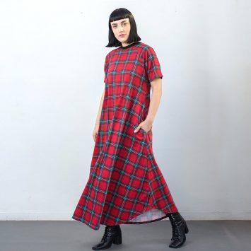 שמלת מקסי פאנקיסטית