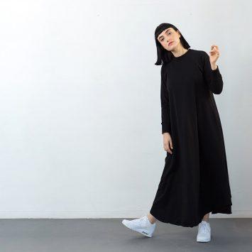שמלת סווטשירט שחורה