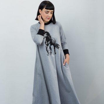 שמלת סווטשירט סוס
