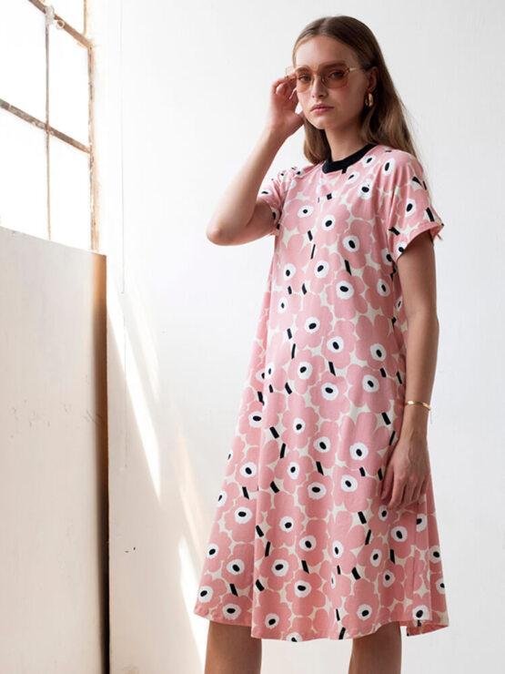 שמלת מידי פרחונית ורודה